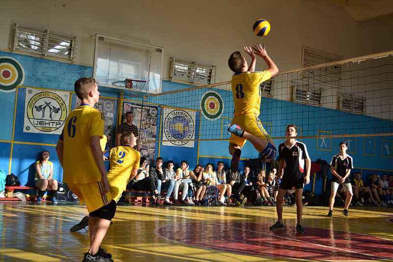 У волейбольному турнірі на честь Героїв Небесної Сотні перемогла команда Сосонки