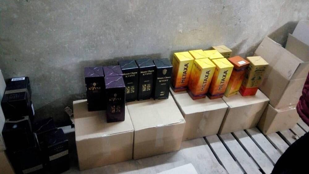 На Вінниччині викрили банду, яка продавала «лівий» алкоголь